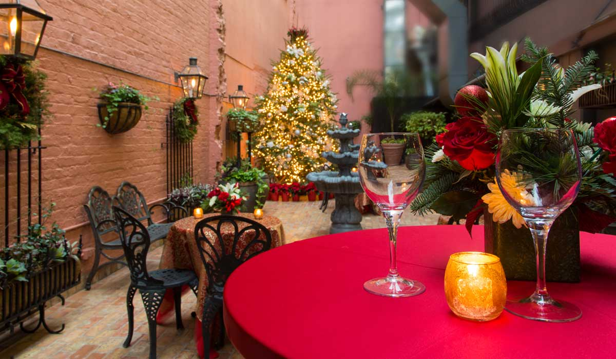 private-event-french-quarter-courtyard